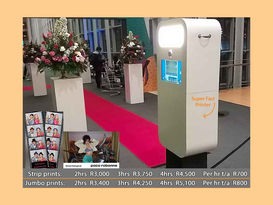 Tower Photo booth with Super-fast printing
