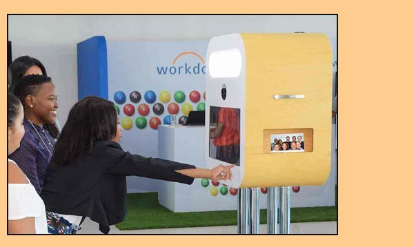 event photobooth hire, simply the best fun.